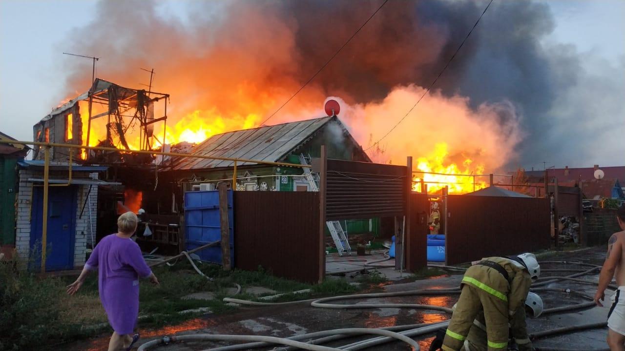 картинки как пожарные тушили огонь тоже сделала все