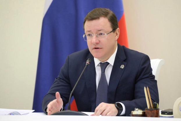 Дмитрий Азаров покритиковал министров за недочеты при реализации нацпроектов