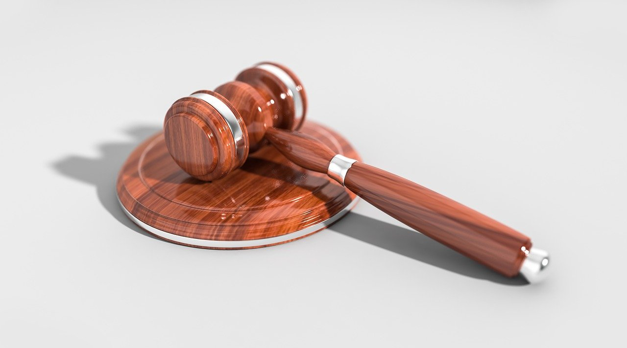 В Самаре осудили сотрудника налоговой инспекции за взяточничество