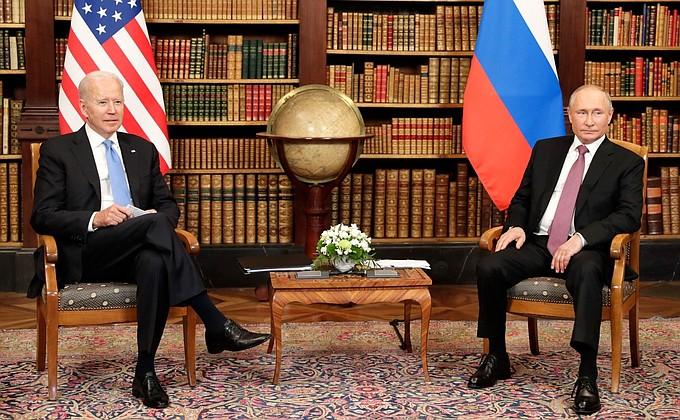 «У россиян есть все основания гордиться российским президентом»: Самарские политологи прокомментировали встречу президентов в Женеве